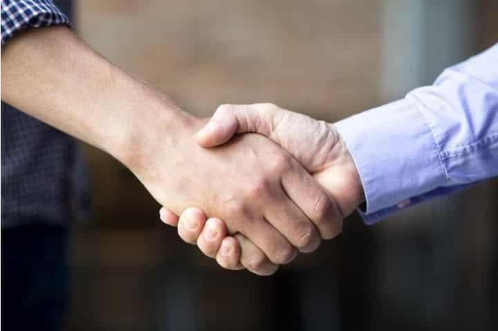 Contratar empresas de limpieza delegar responsabilidades