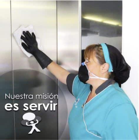 entregar servicio profesional de limpieza de elevadores